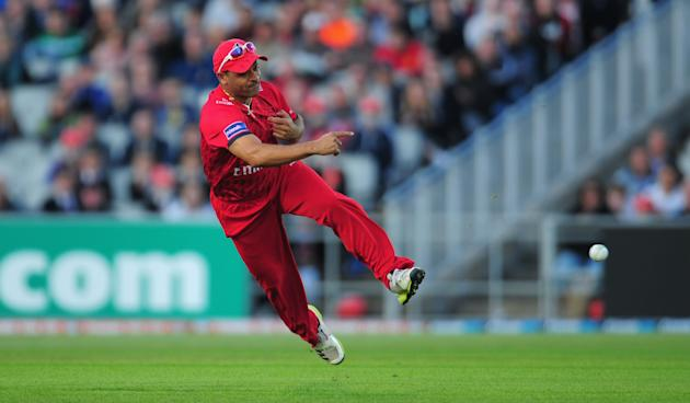 Lancashire Lightning v Nottinghamshire Outlaws - Friends Life T20