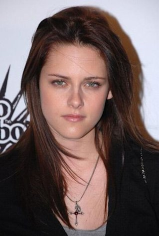Kristen Stewart and Jason Aldean have both been caught in cheating scandals.