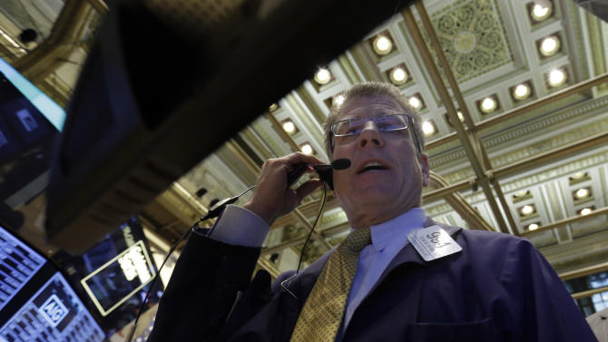 Stocks edge higher after Sysco acquisition