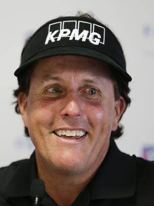 Mickelson set to play Phoenix Open