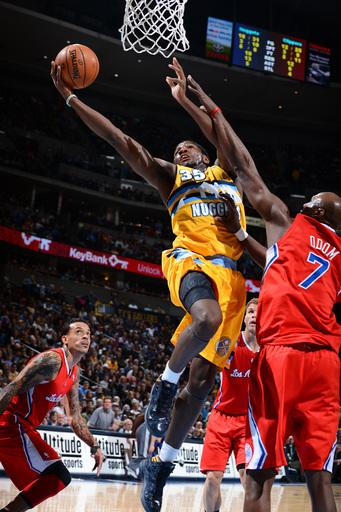 Nuggets end Clippers' team-record win streak at 17