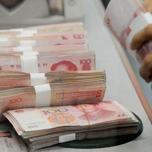 Chinese Devalue Yuan by Largest Amount in 18 Months