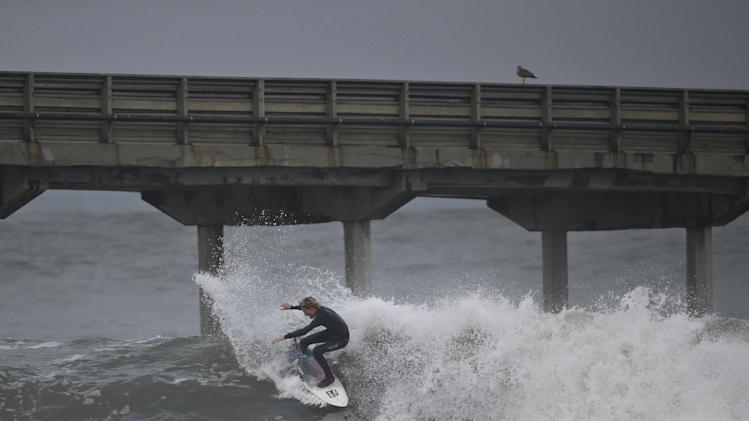 weather forecast in Southern California predicts rain and a winter