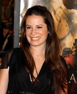 Premiere: Holly Marie Combs at the LA premiere of Warner Bros. The Last Samurai - 12/1/2003 