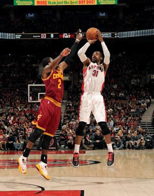 Ross leads Raptors past Cavs, 98-91