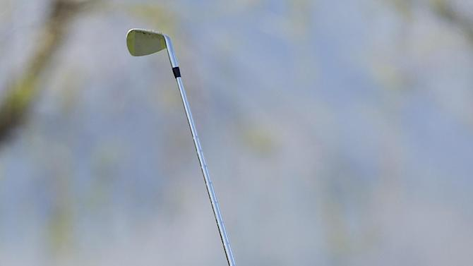 CORRECTS SPELLING OF COURSE NAME TO NICKLAUS, NOT NIKLAUS - Phil Mickelson follows his shot off the 17th tee of the Nicklaus Private Course at PGA West during the second round of the Humana Challenge golf tournament, Friday, Jan. 18, 2013, in La Quinta, Calif. (AP Photo/Ben Margot)