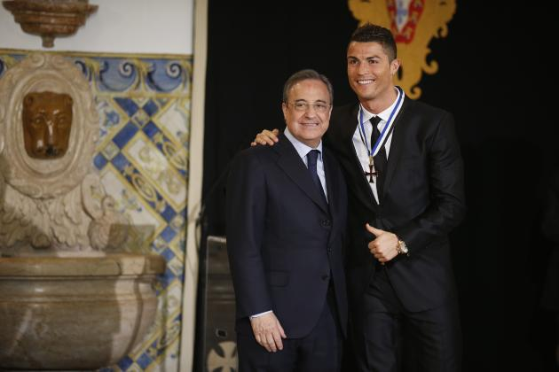 Portugal's soccer team captain Ronaldo poses with Real Madrid's President Perez after receiving the Ordem do Infante Dom Henrique in Lisbon