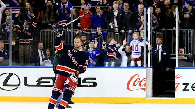 NHL: Toronto Maple Leafs at New York Rangers