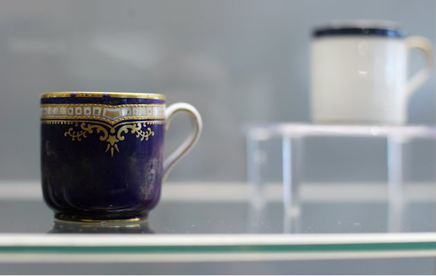 Artifacts From The Titanic Previewed Before Being Auctioned