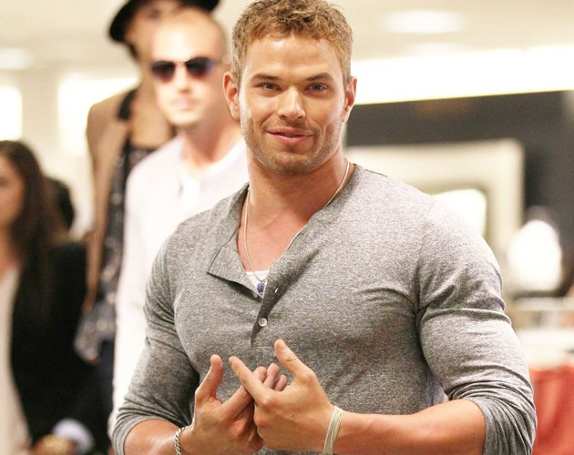 kellan-lutz-photos-2