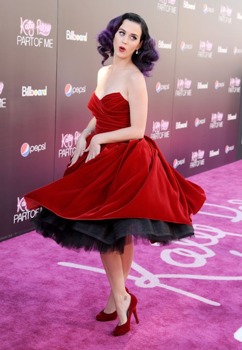 Katy Perry premiere 'Part of me'