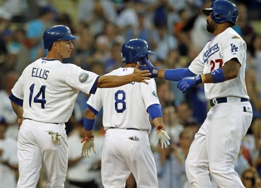Billingsley wins 4th straight, Dodgers top Rockies