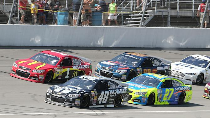 Johnson makes it 3 of 4 with win in Michigan