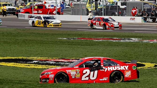 Kenseth draws 50-point penalty out of kansas