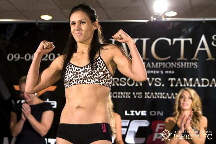 Will Invicta's DeAnna Bennett Be Next UFC Strawweight Call-up? 021_Deanna_Bennett-InvictaFC
