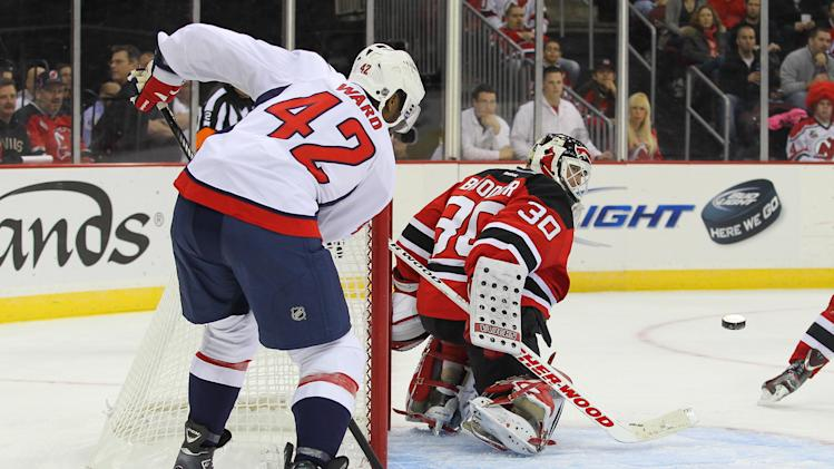 NHL: Washington Capitals at New Jersey Devils