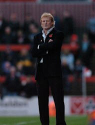Colin Hendry has rejected suggestions he could take over at Blackburn