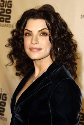 Julianna Margulies VH-1 Big in 2002 Awards - 12/4/2002