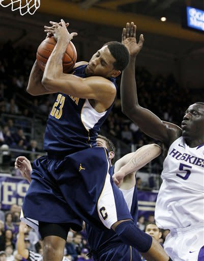 Cal holds on late for 69-66 win over Washington