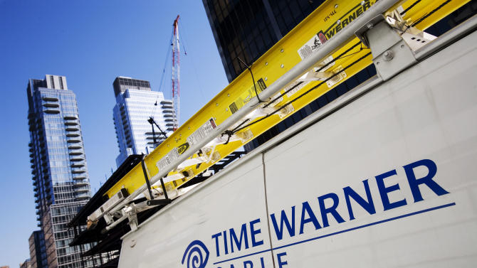 Charter steps up pursuit of Time Warner Cable