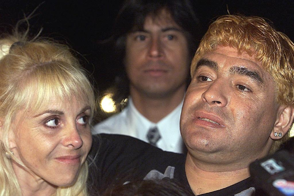Mediation fails between Maradona and ex on 'missing' $6 mn