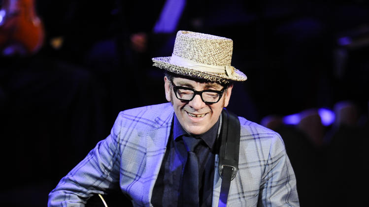 "FILE - This April 2, 2012 file photo shows singer Elvis Costello performing at ""A Celebration of Paul Newman's Dream"" to benefit ""SeriousFun"" an association of Hole in the Wall Camps at Avery Fisher Hall in New York. Elvis Costello, B.B. King and Ray Davies are among the nominees for the 2013 Songwriters Hall of Fame. Songwriters Hall gave The Associated Press a list of nominees in advance, but won't officially announce them until Oct. 16. The gala takes place June 13, 2013 in New York. (AP Photo/Evan Agostini, file)"