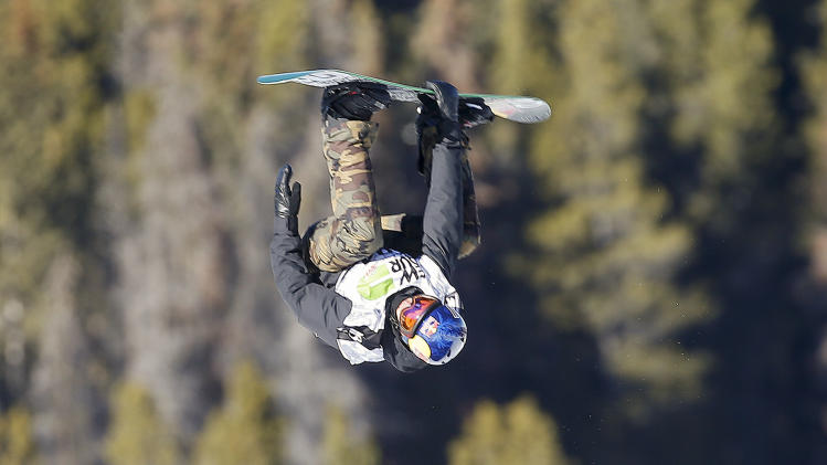 Mark McMorris fractures rib in slopestyle final