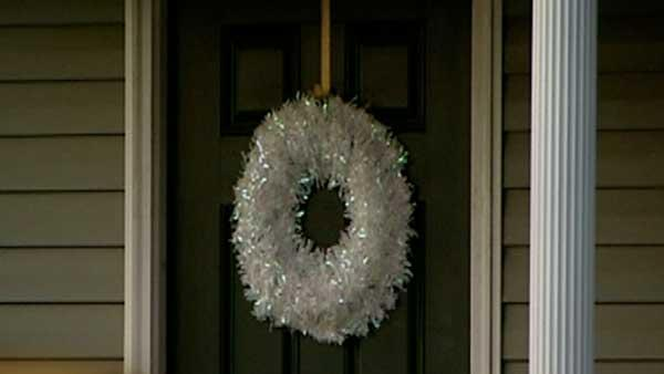 Fayetteville neighborhood hit by wreath thieves