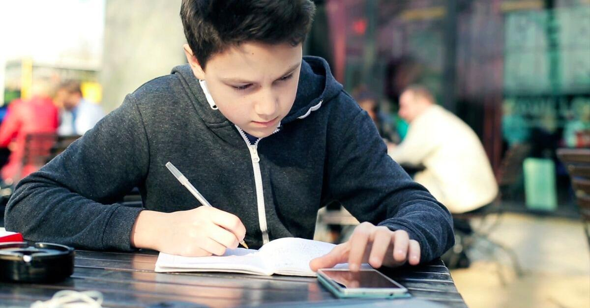 This App Can Instantly Help You With Math Homework