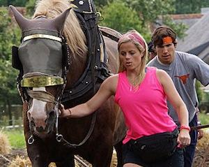 Ratings: Amazing Race Ties All-Time Finale Low — Is It Time to Give the Globe-Trot a Rest?