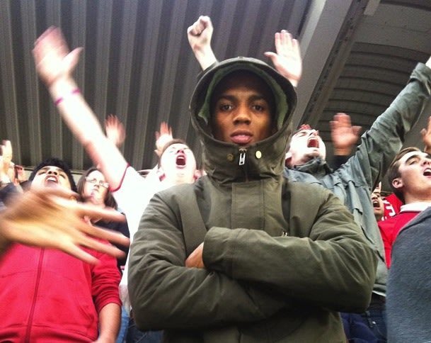 Fans Footage: Manchester Uniteds Ashley Young spotted bouncing and cheering with fan at St. James Park
