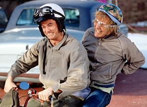 "Dumb and Dumber To: Jim Carrey, Jeff Daniels Returning for ""Painfully Funny"" Sequel"