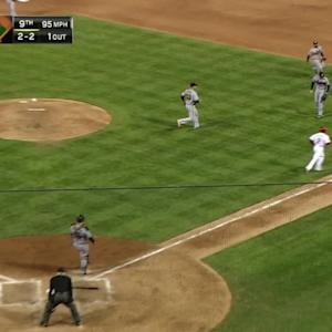 Galvis scores walk-off run