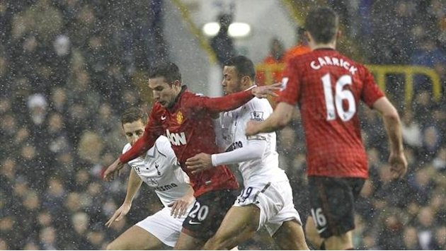 Premier League - Beffa United, Dempsey pareggia all'ultimo minuto