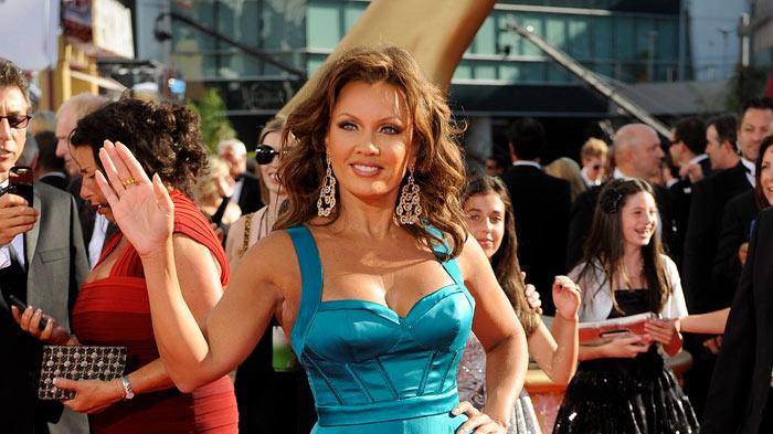 Vanessa Williams arrives at the 61st Primetime Emmy Awards held at the Nokia Theatre on September 20, 2009 in Los Angeles, California.