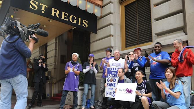 Letter: Maloofs favor Seattle's deal for Kings