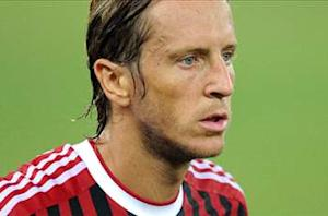 Official: Ambrosini joins Fiorentina
