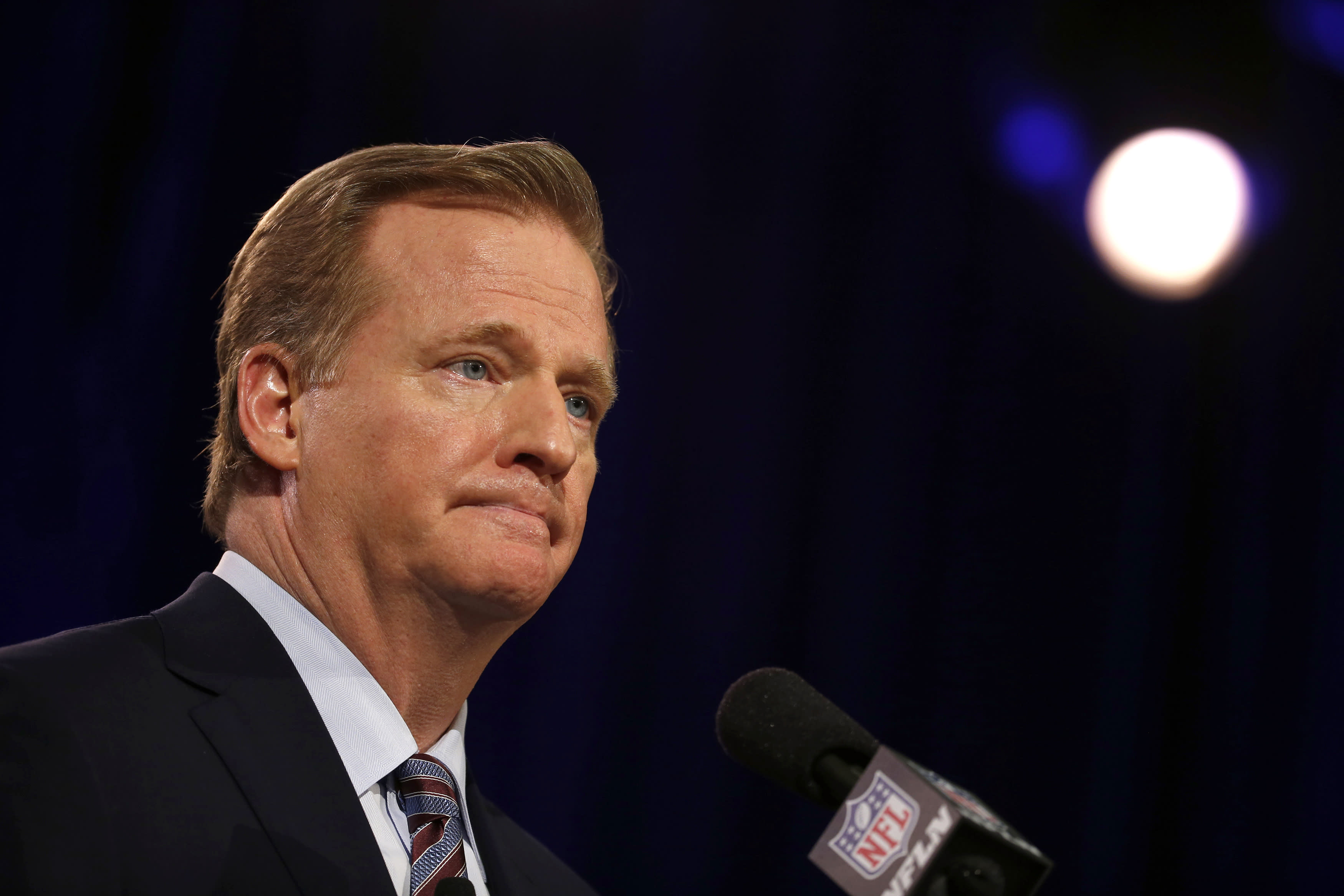 NFL owners will discuss changing Roger Goodell's role in disciplining players