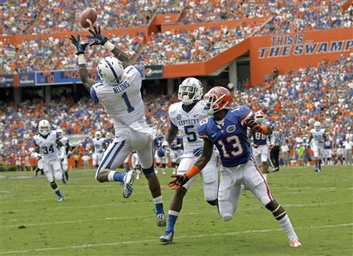 No. 14 Florida beats Kentucky 38-0, extends streak