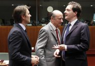 Europe considers Greek default, leaders to meet