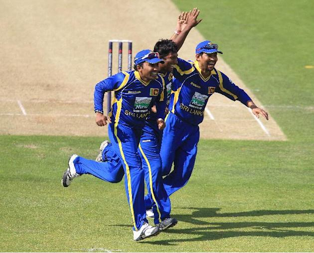 Sri Lanka saw off the challenge of Pakistan to reach the World Twenty20 final