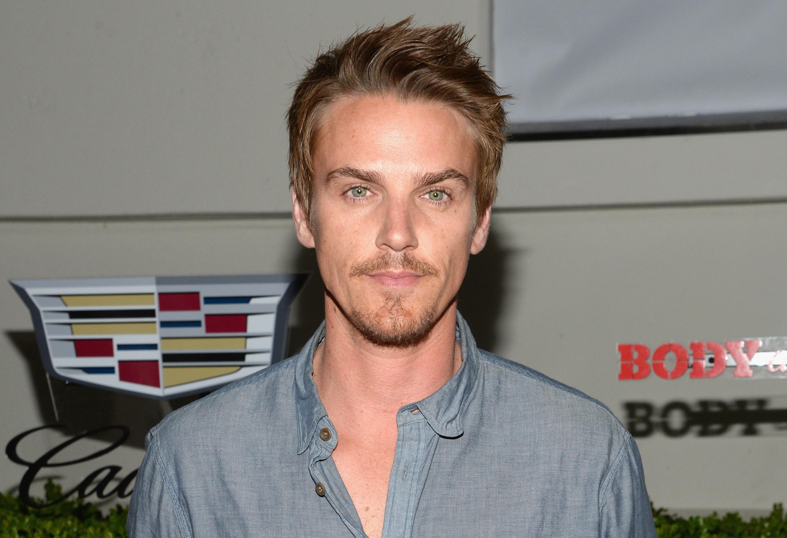 Riley Smith To Star In the CW's 'Frequency' Reboot