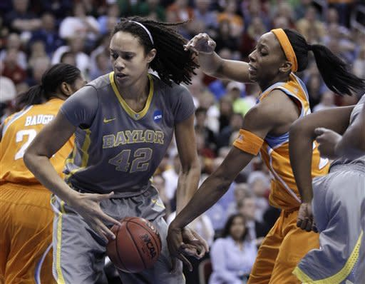 Baylor pounds Tennessee 77-58 for Final Four bid