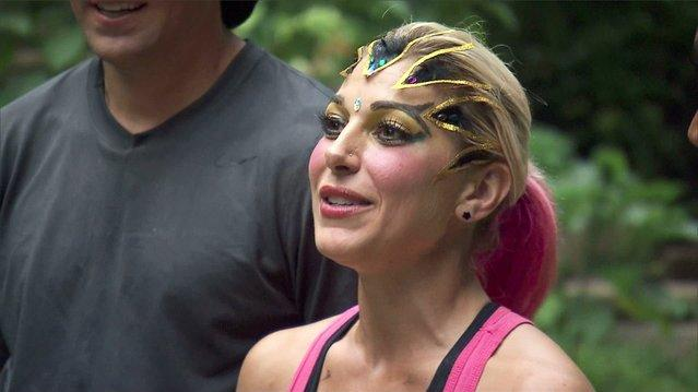 The Amazing Race - Marie's Snake Snack