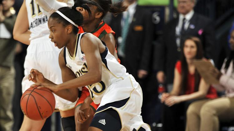 Achonwa scores 23, No. 2 Irish women rout Miami