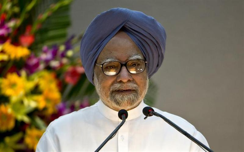 "Prime Minister Manmohan Singh speaks during the launch of the ""Gandhi Heritage Portal"" in New Delhi September 2, 2013. REUTERS/Prakash Singh/Pool"
