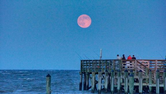 'Superest' Supermoon Full Moon of 2014 Rises Tonight: Watch Live Online