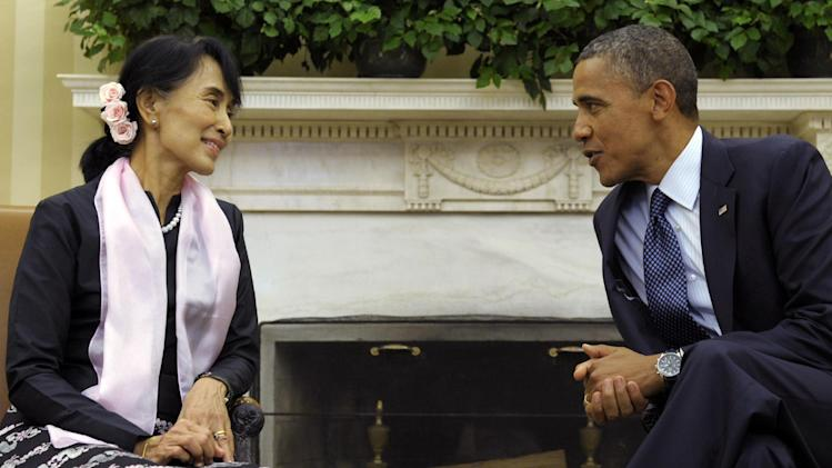 President Barack Obama meets with Myanmar democracy leader Aung San Suu Kyi in the Oval Office of the White House, Wednesday, Sept. 19, 2012, in Washington. (AP Photo/Susan Walsh)