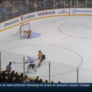 Pekka Rinne Save on Marian Gaborik (06:52/1st)