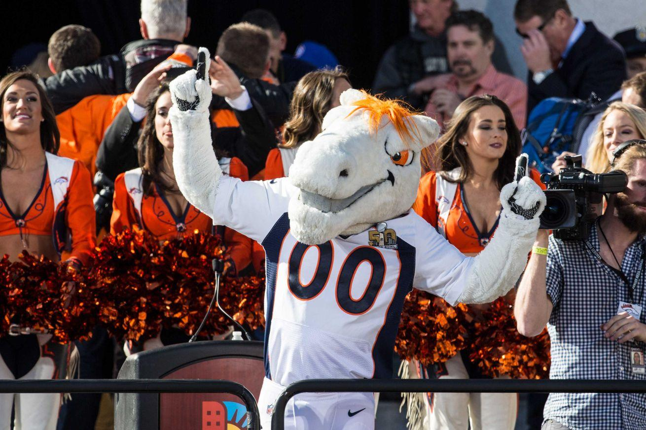 24,000 Denver kids skipped school for the Broncos victory parade